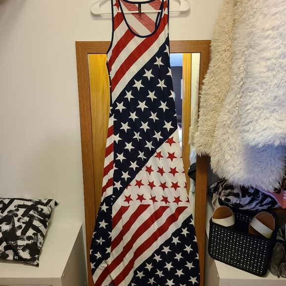 Excellent condition women's American flag dress